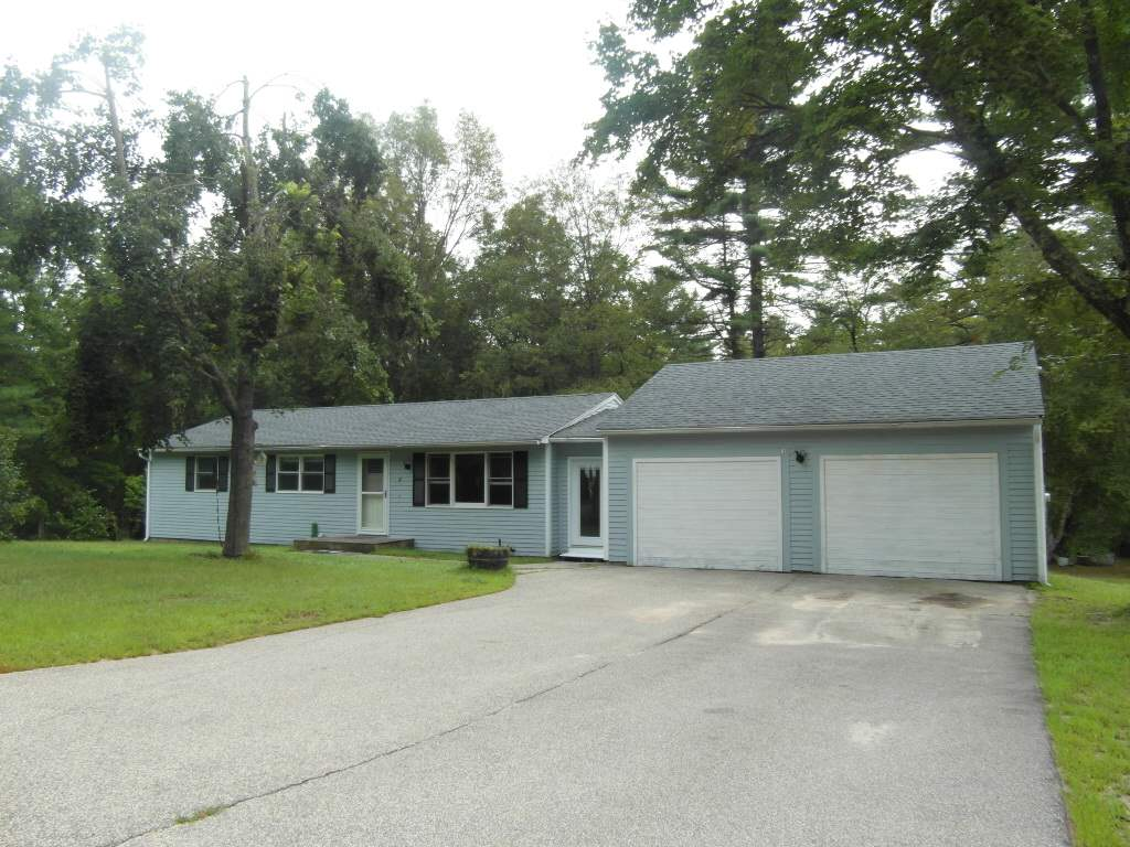 Pelham NH Home for sale $List Price is $292,500