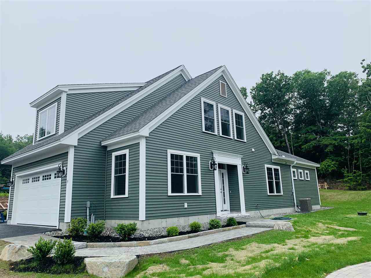 Photo of 9 Green Road Newmarket NH 03857