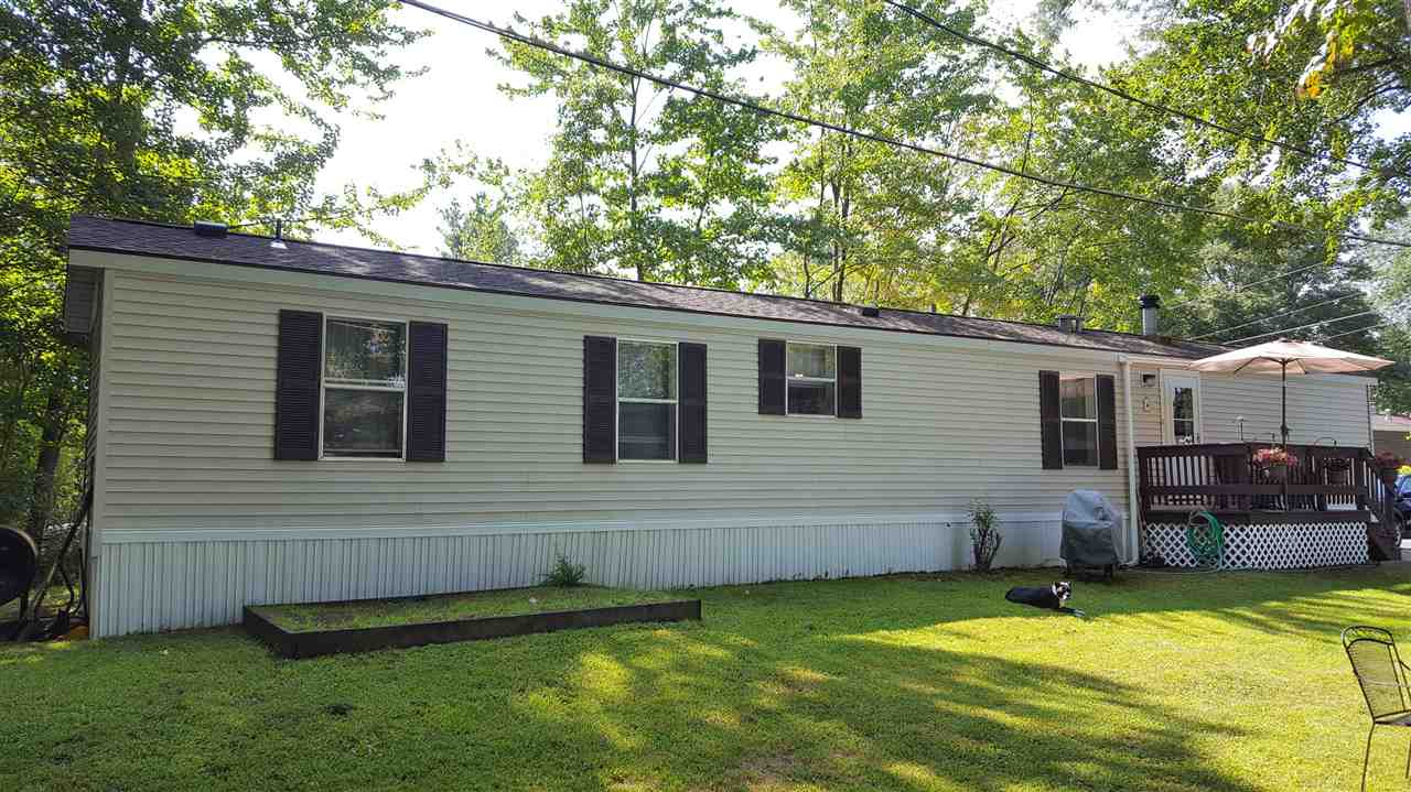 Allenstown NHMobile-Manufacured Home for sale $List Price is $49,900