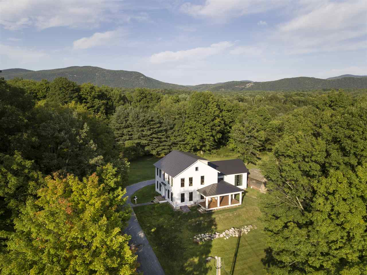 Photo of 82 Schoolhouse Road Salisbury VT 05769