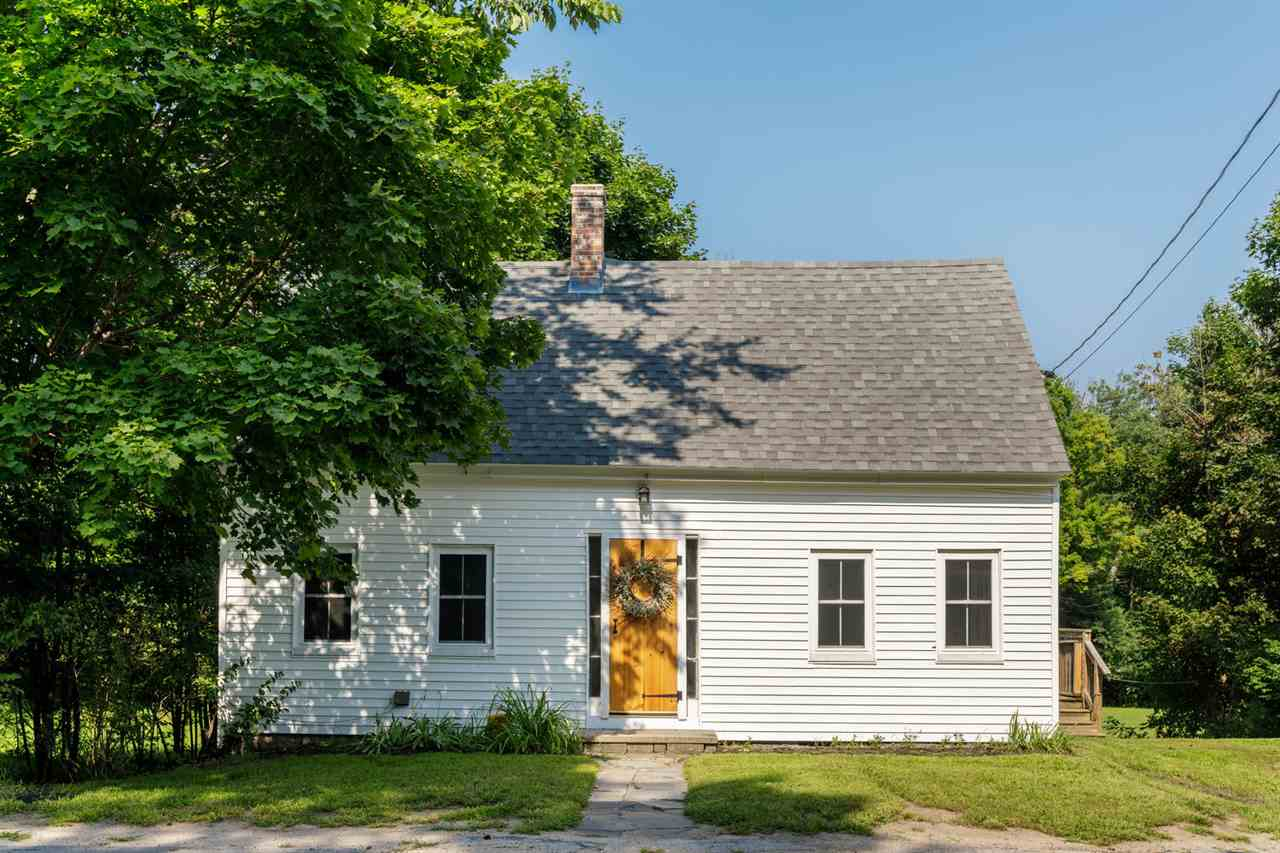 Wakefield NHHome for sale $$145,000 $125 per sq.ft.