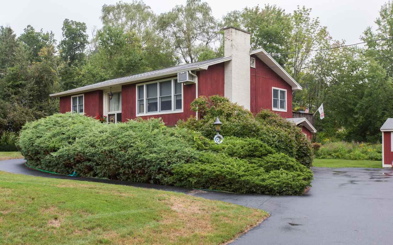 Pelham NH Home for sale $List Price is $299,000