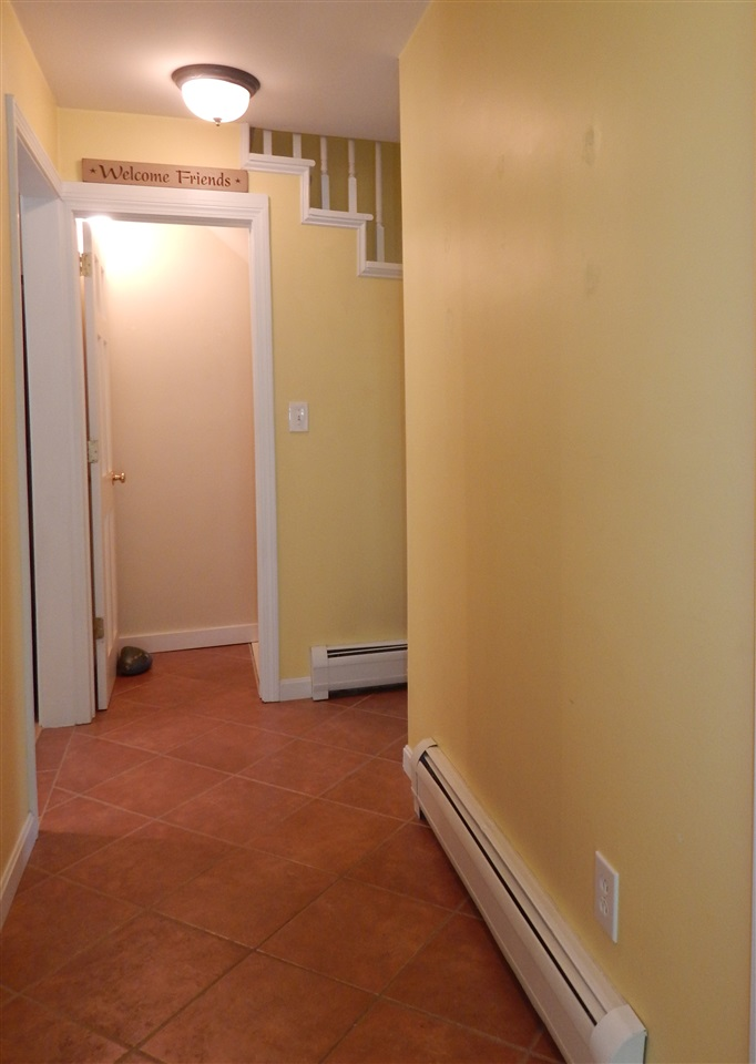 Mudroom Entry 12582854