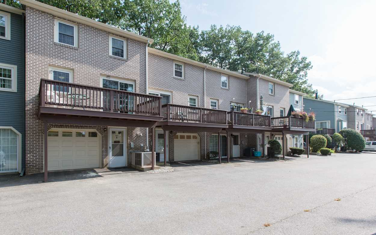 Nashua NH Condo for sale $List Price is $197,777
