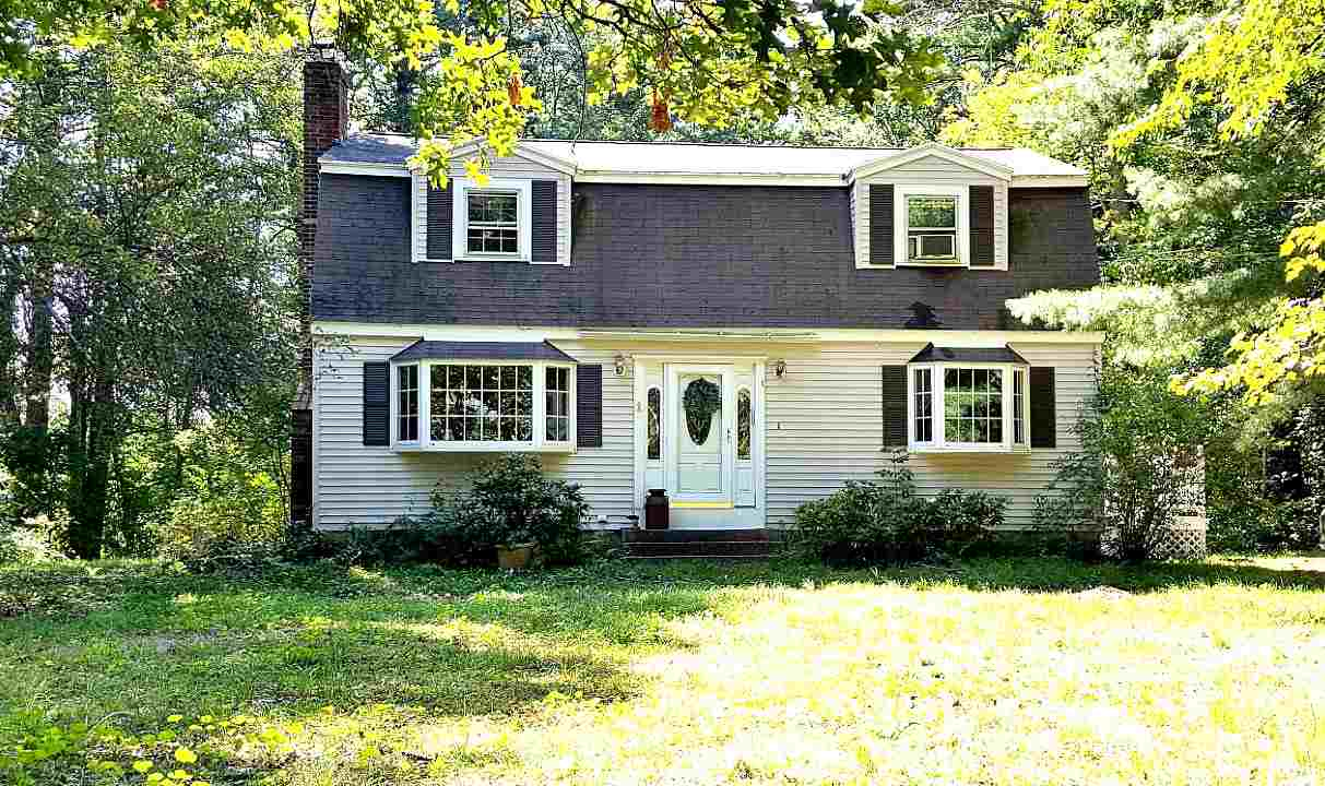 Londonderry NHHome for sale $List Price is $250,000
