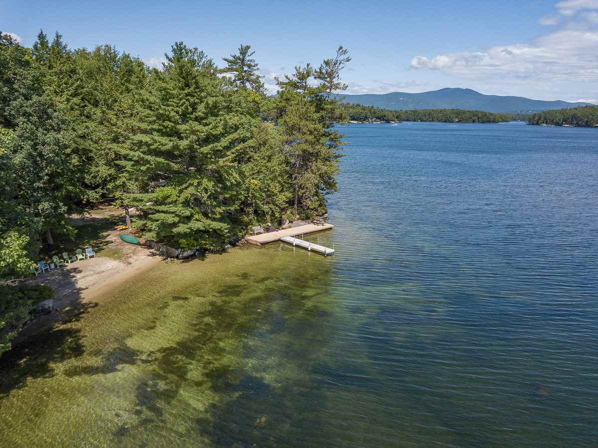 MLS 4621045: 64 Pipers Point Lane, Alton NH