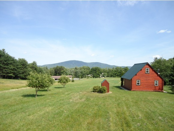 NEW LONDON NH Home for sale $$475,000 | $990 per sq.ft.