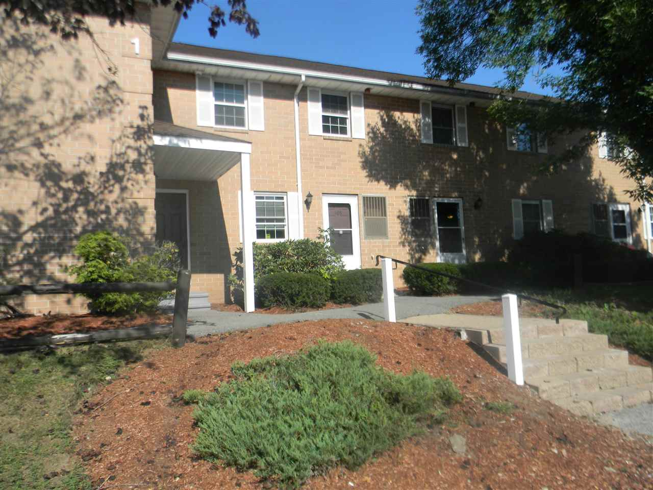 Hudson NHCondo for sale $List Price is $139,900