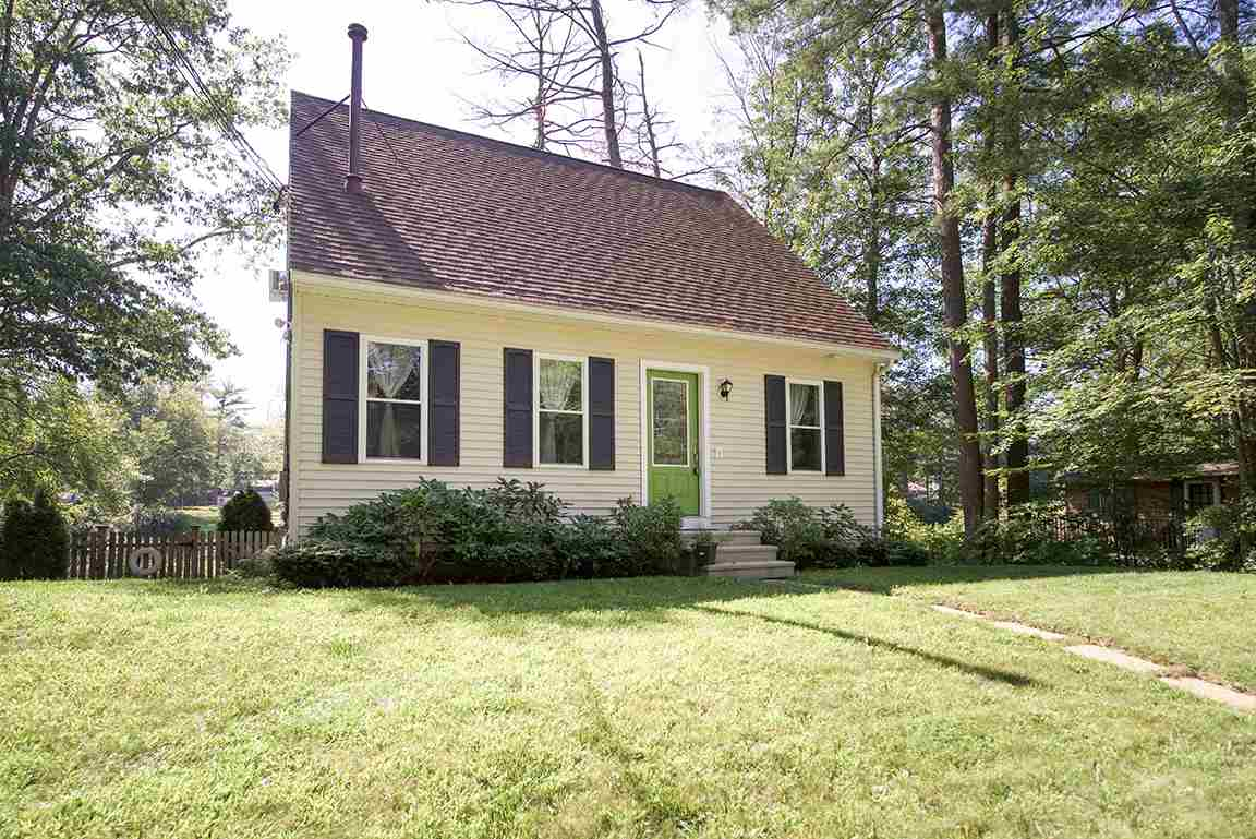 FREMONT NH  Home for sale $259,900