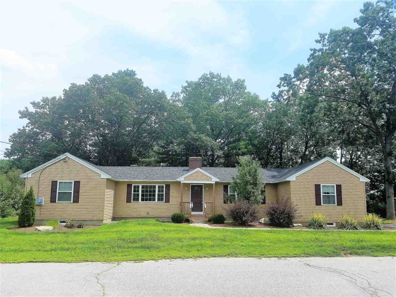 MANCHESTER NHDuplex for rent $Duplex For Lease: $1,800 with Lease Term