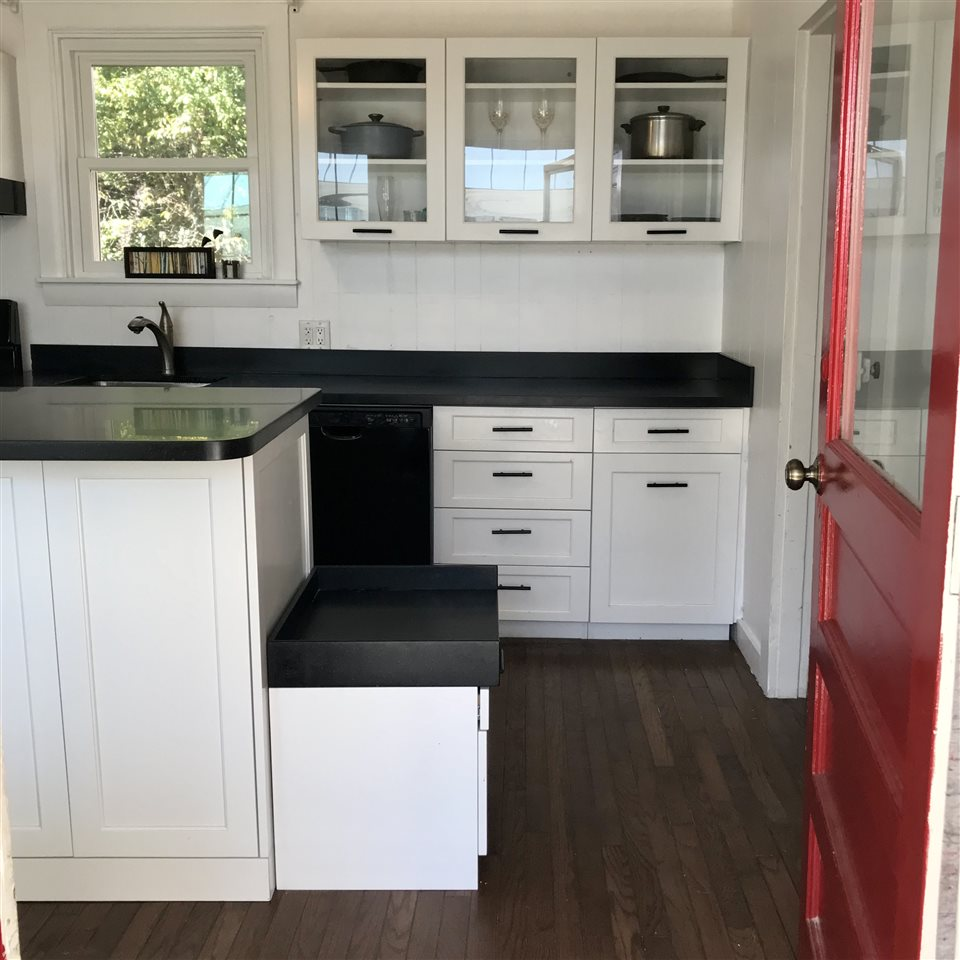 New Custom Cabinetry in the Kitchen
