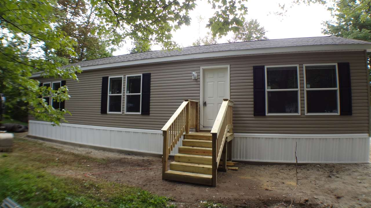 Weare NHMobile-Manufacured Home for sale $List Price is $139,000