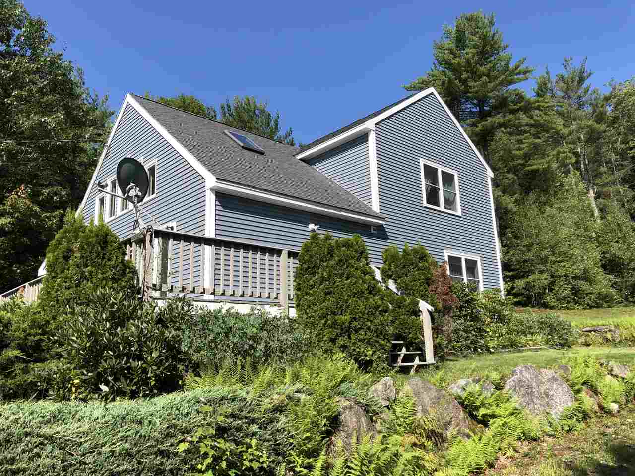DANBURY NH Home for sale $$299,999 | $182 per sq.ft.