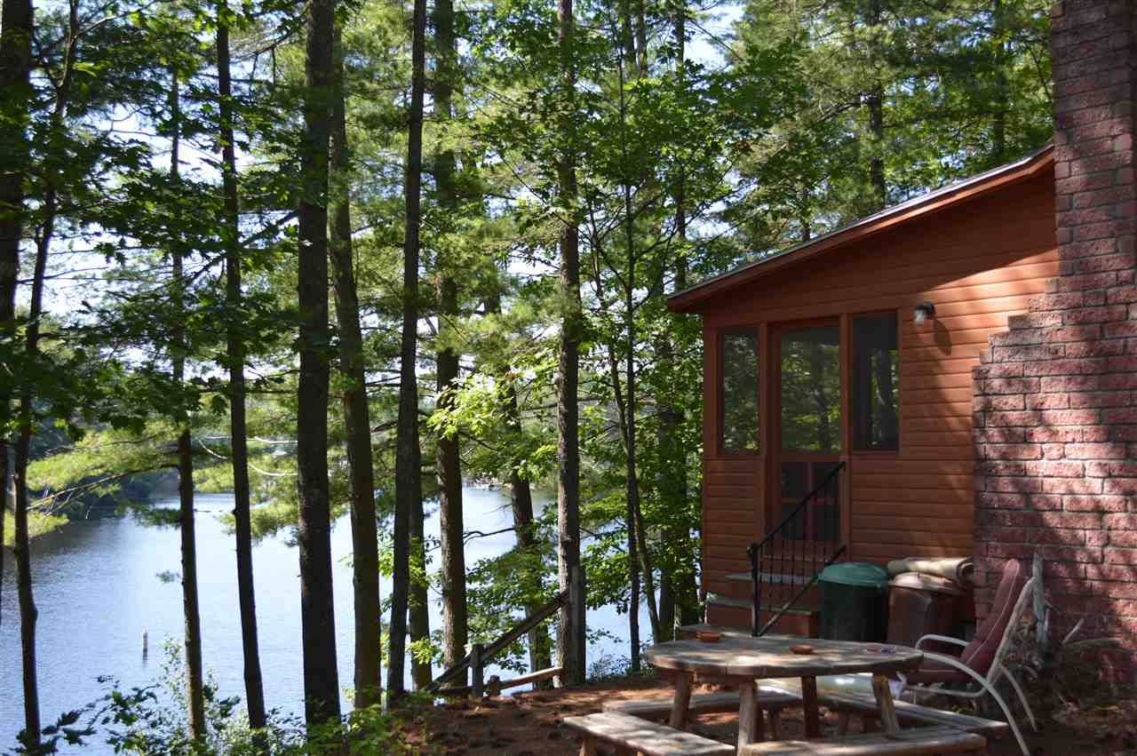 WAKEFIELD NH Home for sale $279,000