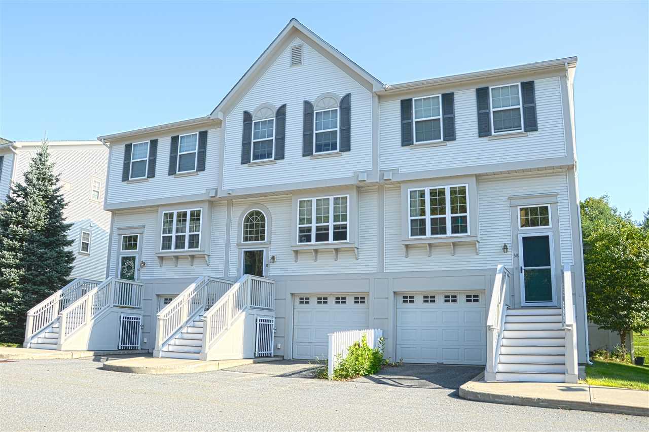 HARTFORD VTCondo for sale $$215,000 | $161 per sq.ft.