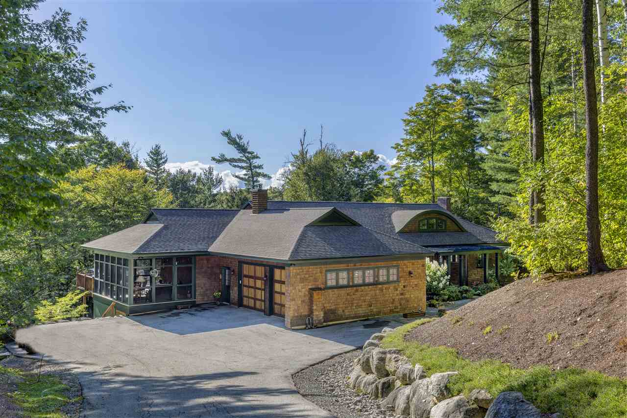 GRANTHAM NH Lake House for sale $$750,000 | $293 per sq.ft.