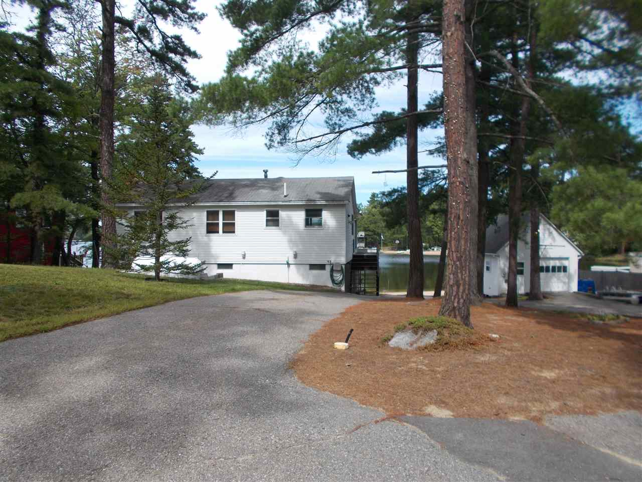 MLS 4717897: 8 Ridge Road, Ossipee NH