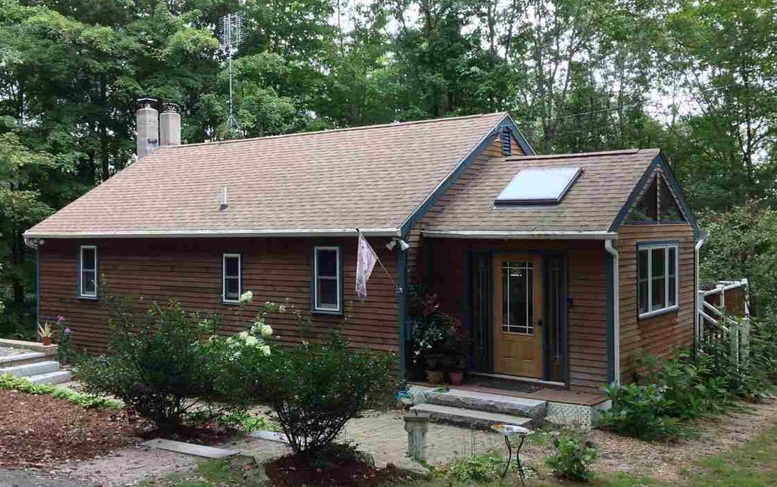 New Boston NHHome for sale $List Price is $259,000