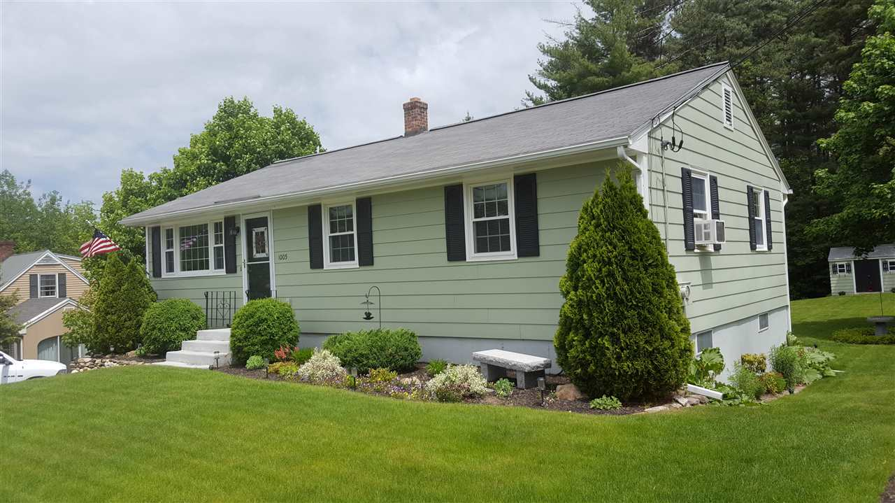 MANCHESTER NH Home for sale $$249,900 | $240 per sq.ft.
