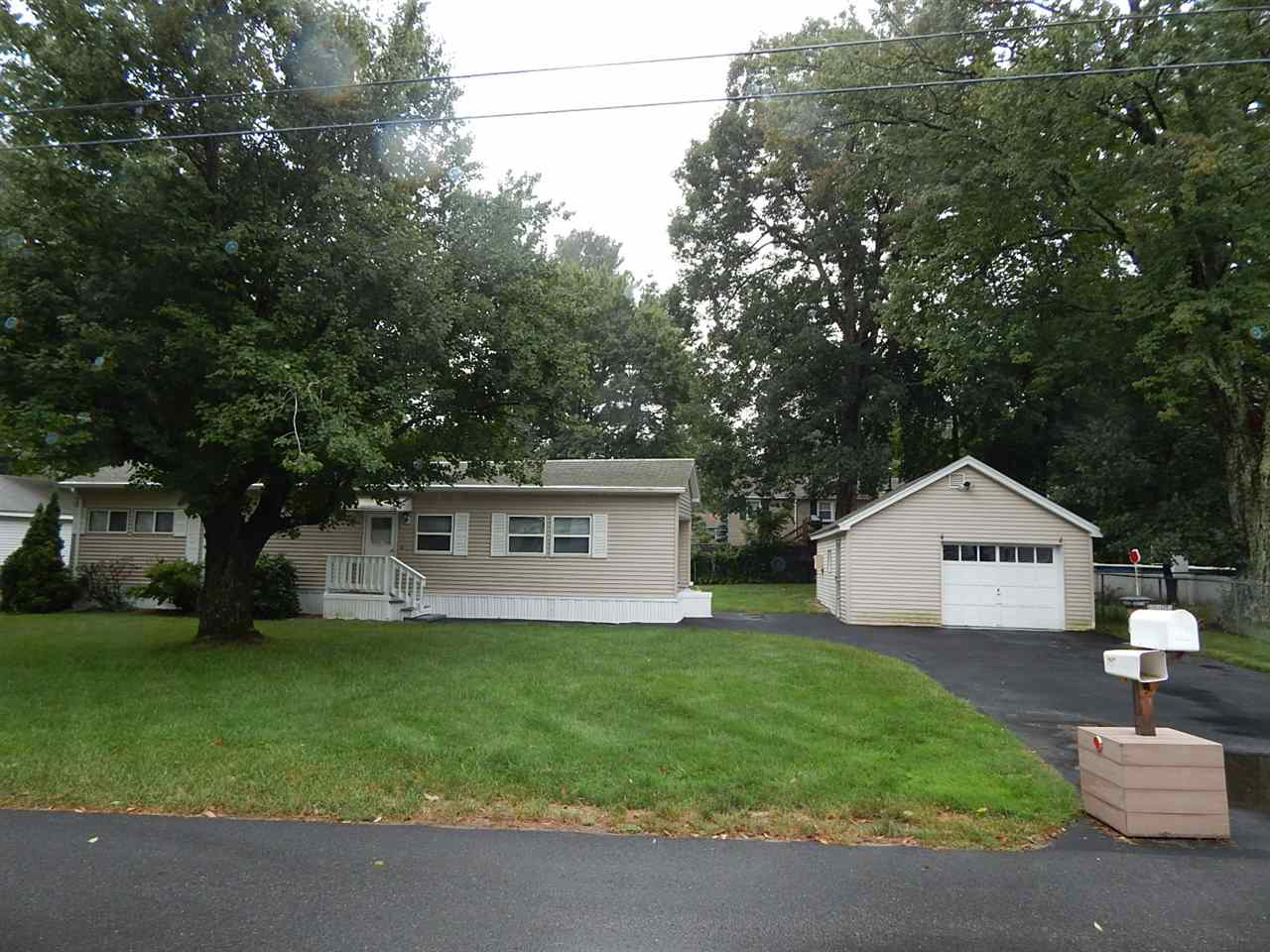 Salem NHMobile-Manufacured Home for sale $List Price is $190,000