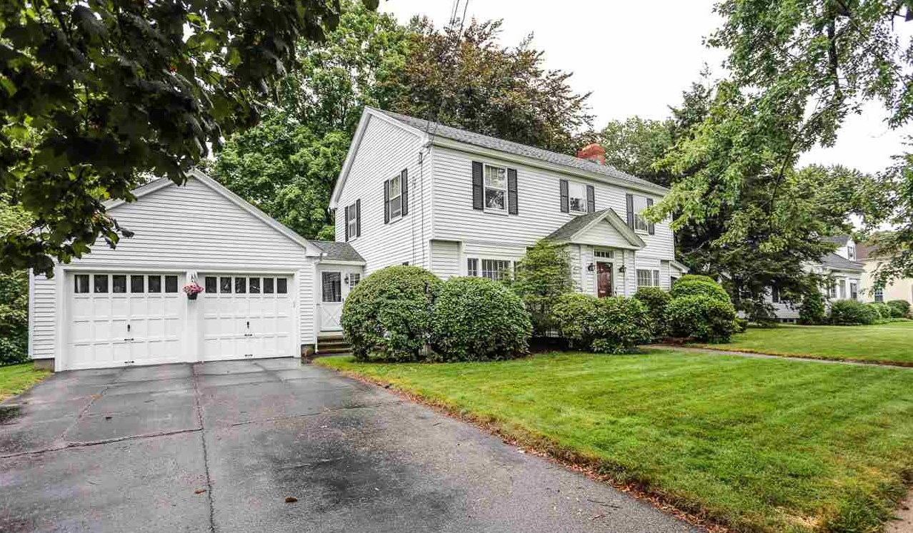 MANCHESTER NH Home for sale $$295,000 | $160 per sq.ft.