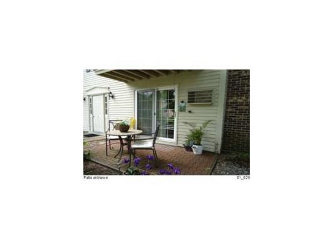 Nashua NH Condo for sale $List Price is $140,000