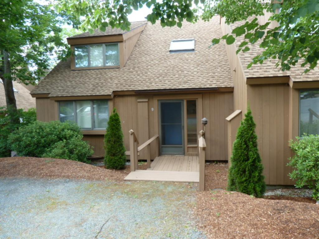 VILLAGE OF EASTMAN IN TOWN OF GRANTHAM NHCondo for rent $Condo For Lease: $1,600 with Lease Term