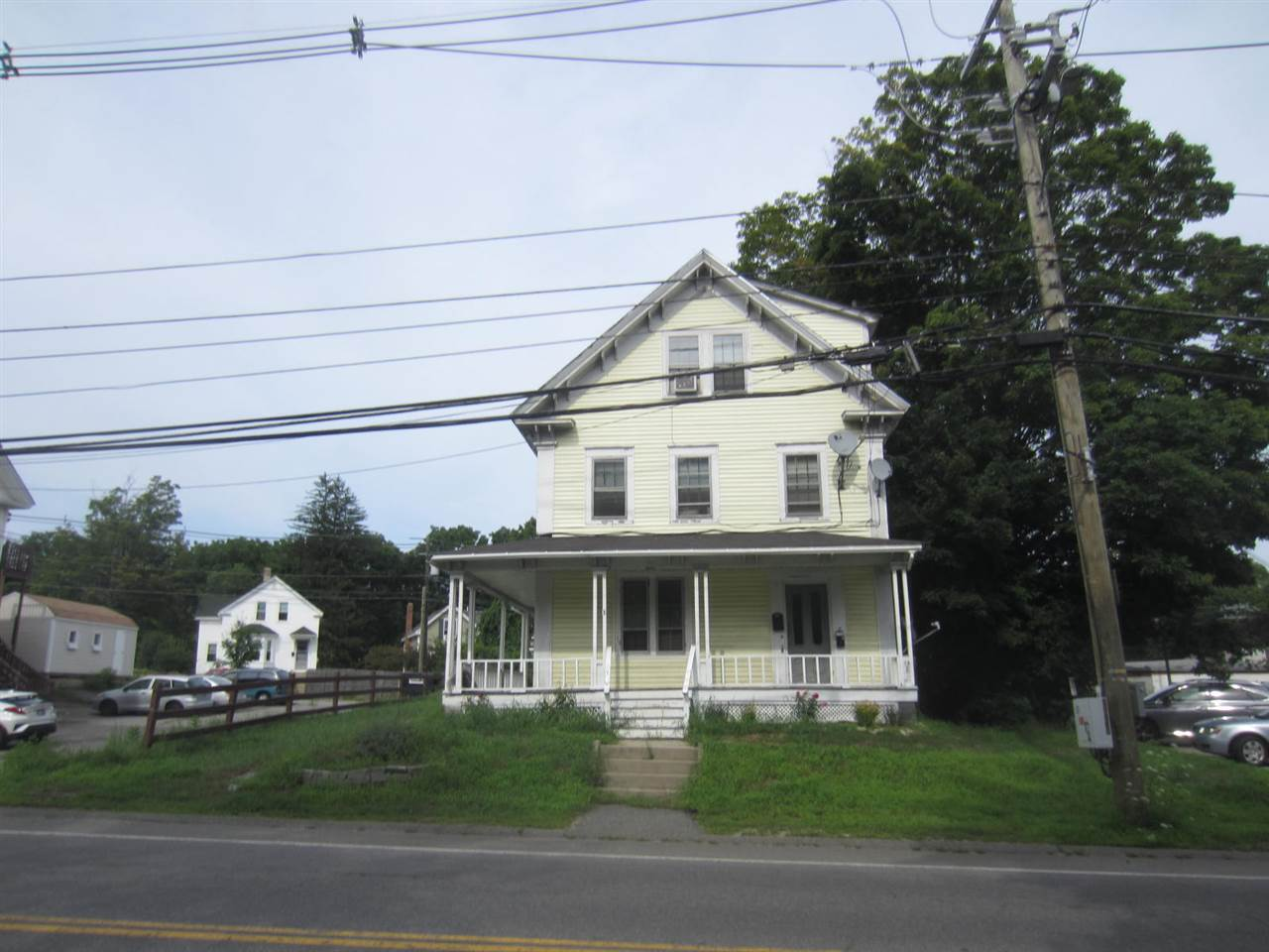 image of Derry NH  5 Unit Multi Family | sq.ft. 4670