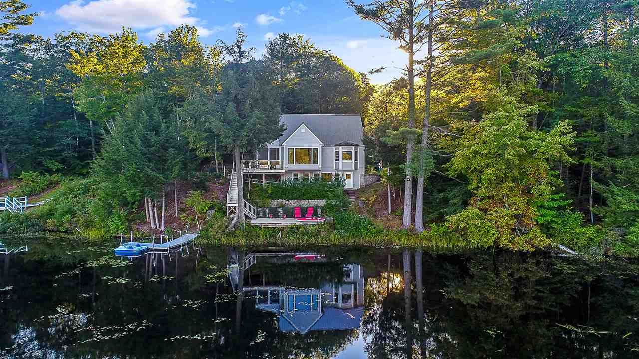 GRAFTON NH Lake House for sale $$349,900 | $150 per sq.ft.