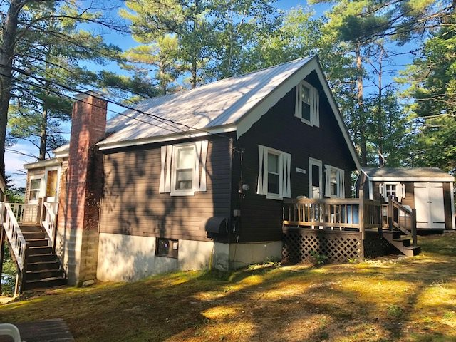 Wakefield NH Home for sale $$249,900 $237 per sq.ft.