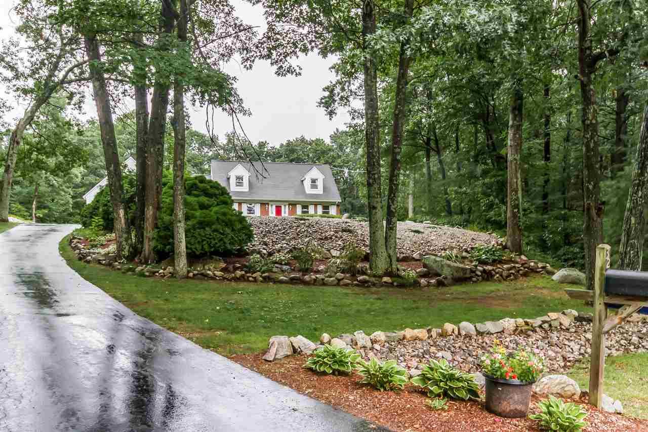 Photo of 32 Fairview Circle Hooksett NH 03106