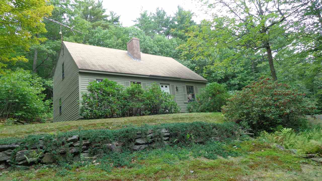 SUNAPEE NH Home for sale $$259,900 | $156 per sq.ft.