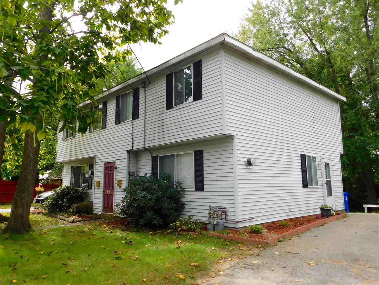 MANCHESTER NH Home for sale $$287,500 | $143 per sq.ft.