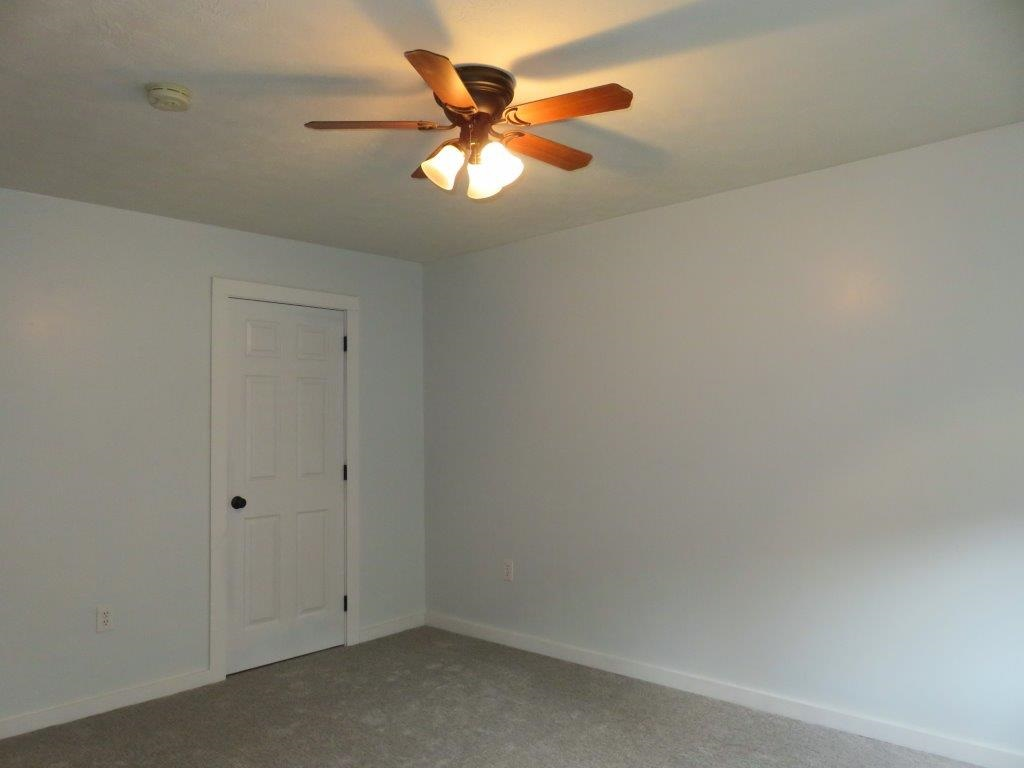 New Flooring 12731262