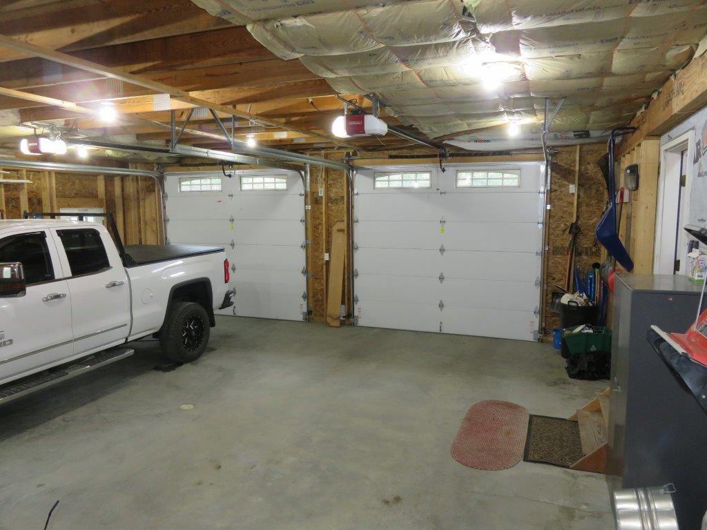 Big 2 Car Garage 12731432