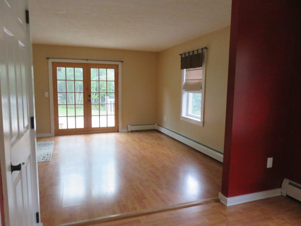 Living Room 12731252