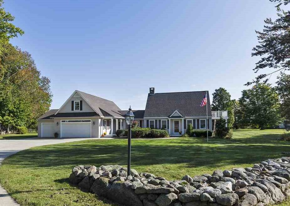NEW LONDON NH Home for sale $$539,000 | $182 per sq.ft.