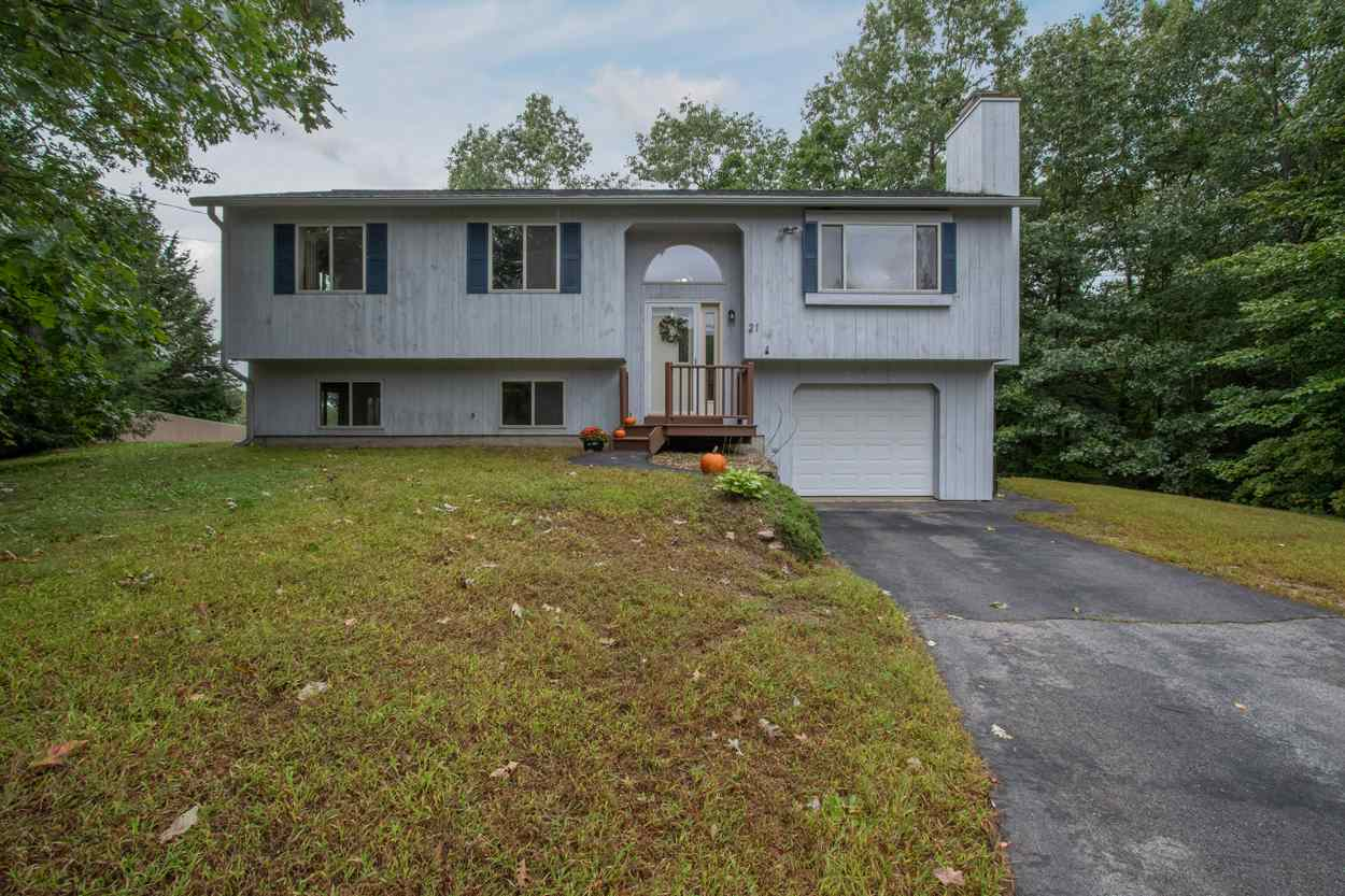 Photo of 21 Quimby Court Danville NH 03819