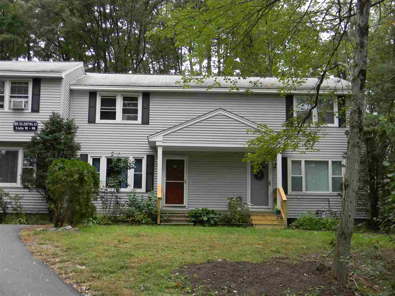Londonderry NH Condo for sale $List Price is $154,900