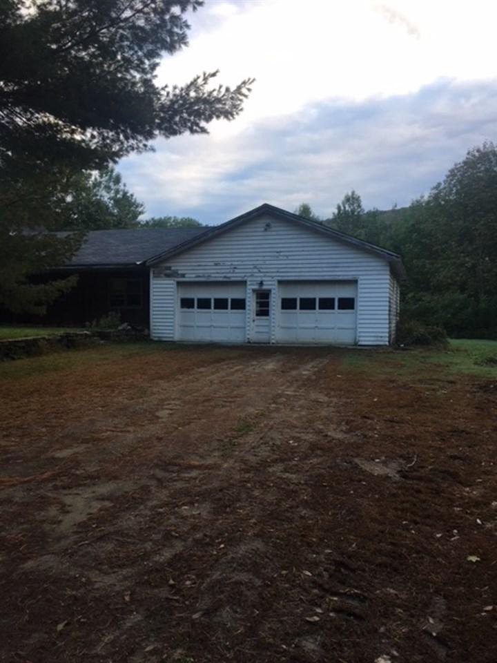 garage 12758625