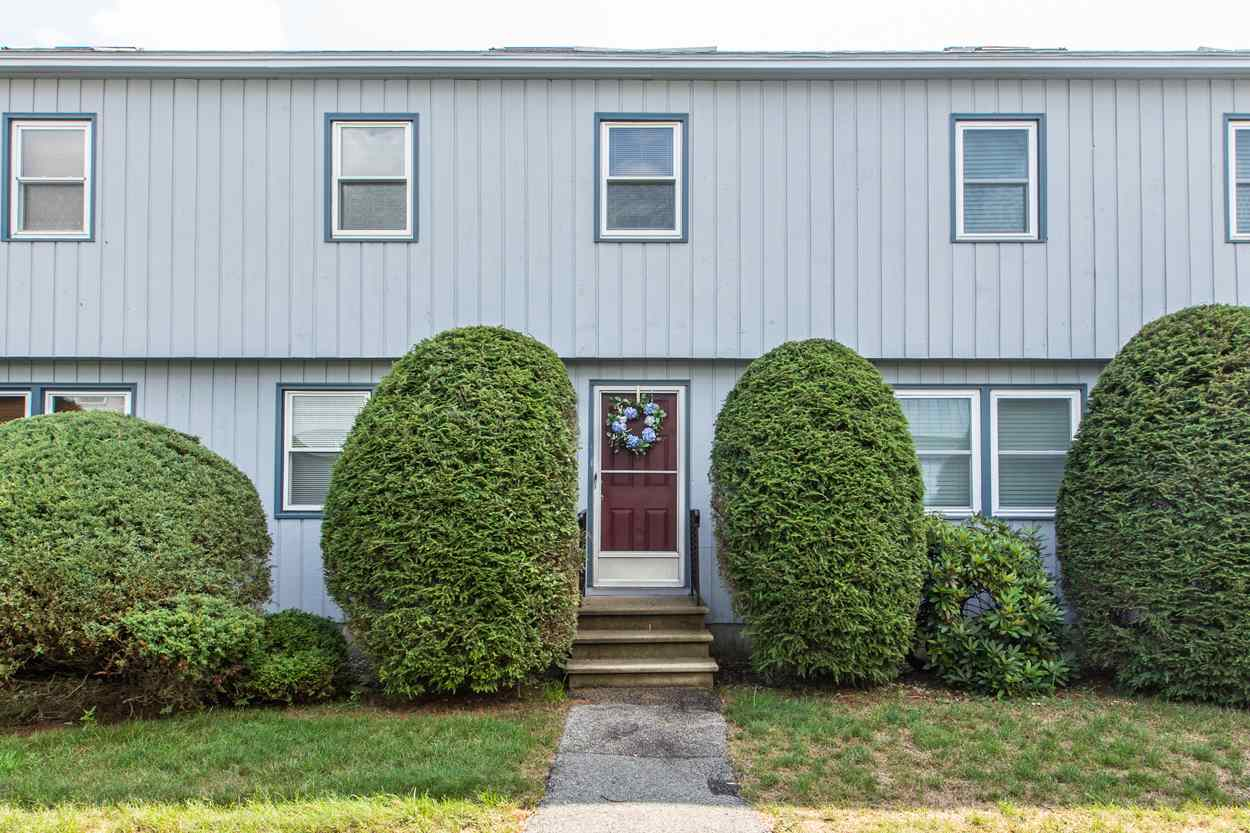 Nashua NH Condo for sale $List Price is $198,500