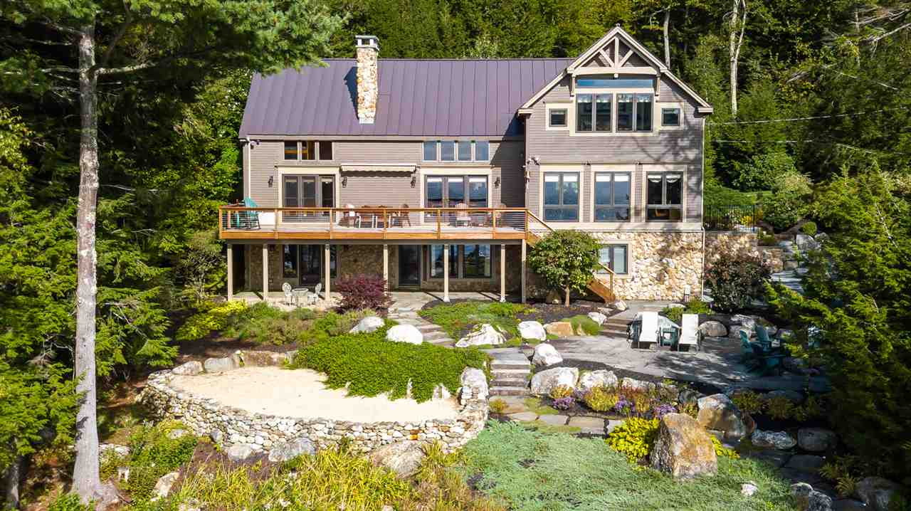 NEWBURY NH Lake House for sale $$2,200,000 | $703 per sq.ft.