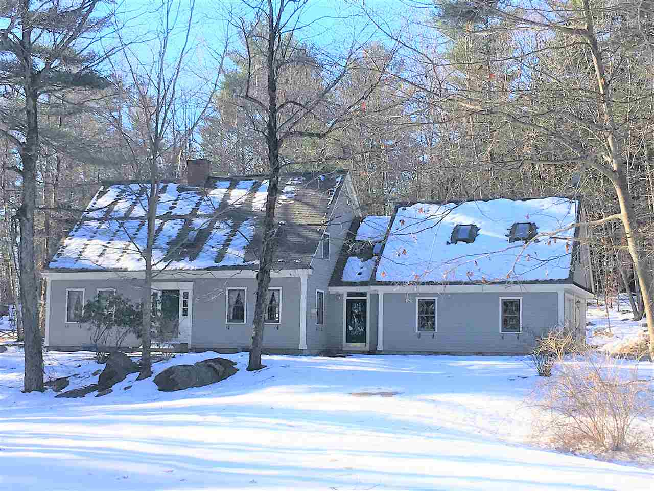 Francestown NHHome for sale $List Price is $349,900
