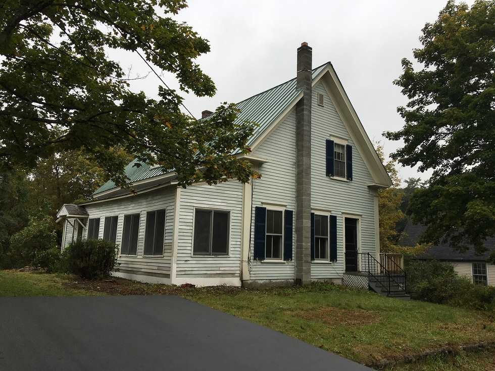 BRADFORD NHHome for sale $$129,000 | $49 per sq.ft.