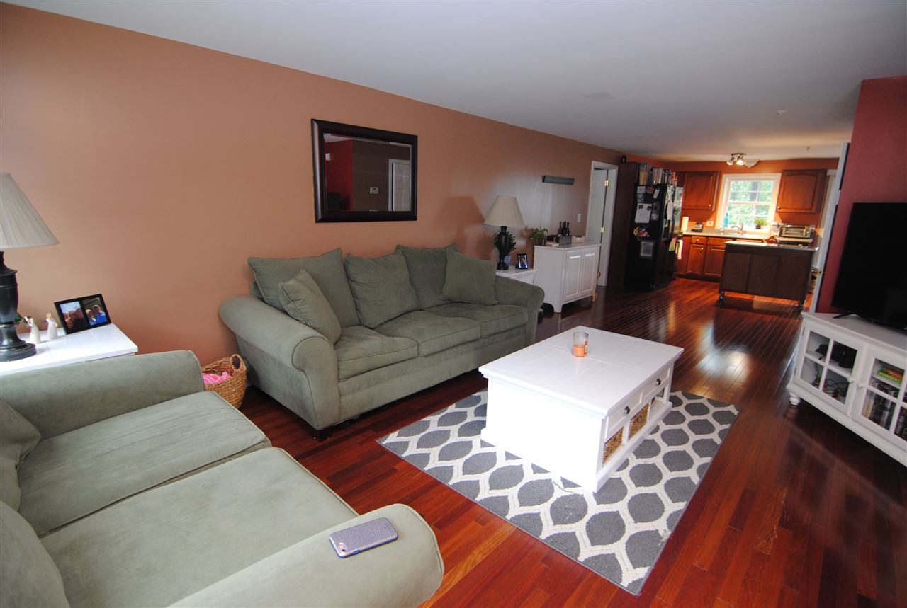 HUDSON NH Condo for rent $Condo For Lease: $2,000 with Lease Term