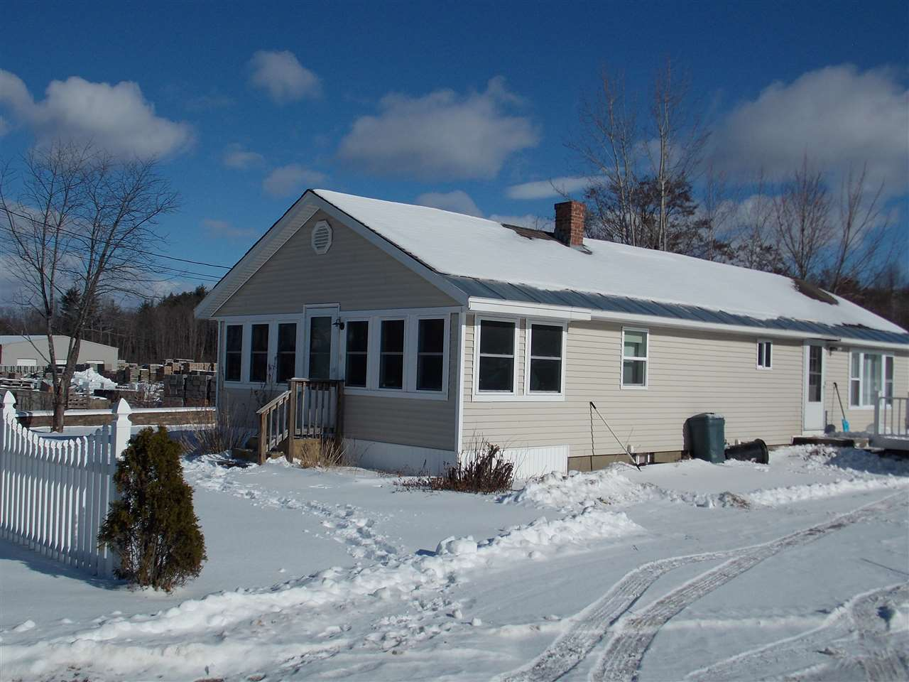 Laconia NH Home for sale $$150,000 $126 per sq.ft.