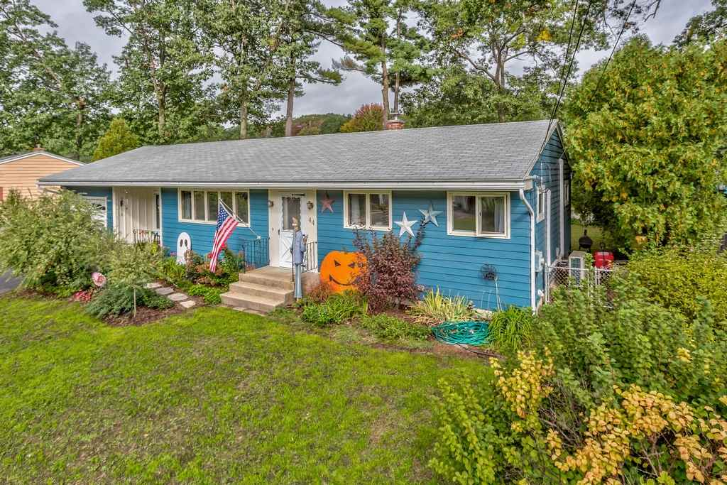 MANCHESTER NH Home for sale $$239,900 | $222 per sq.ft.