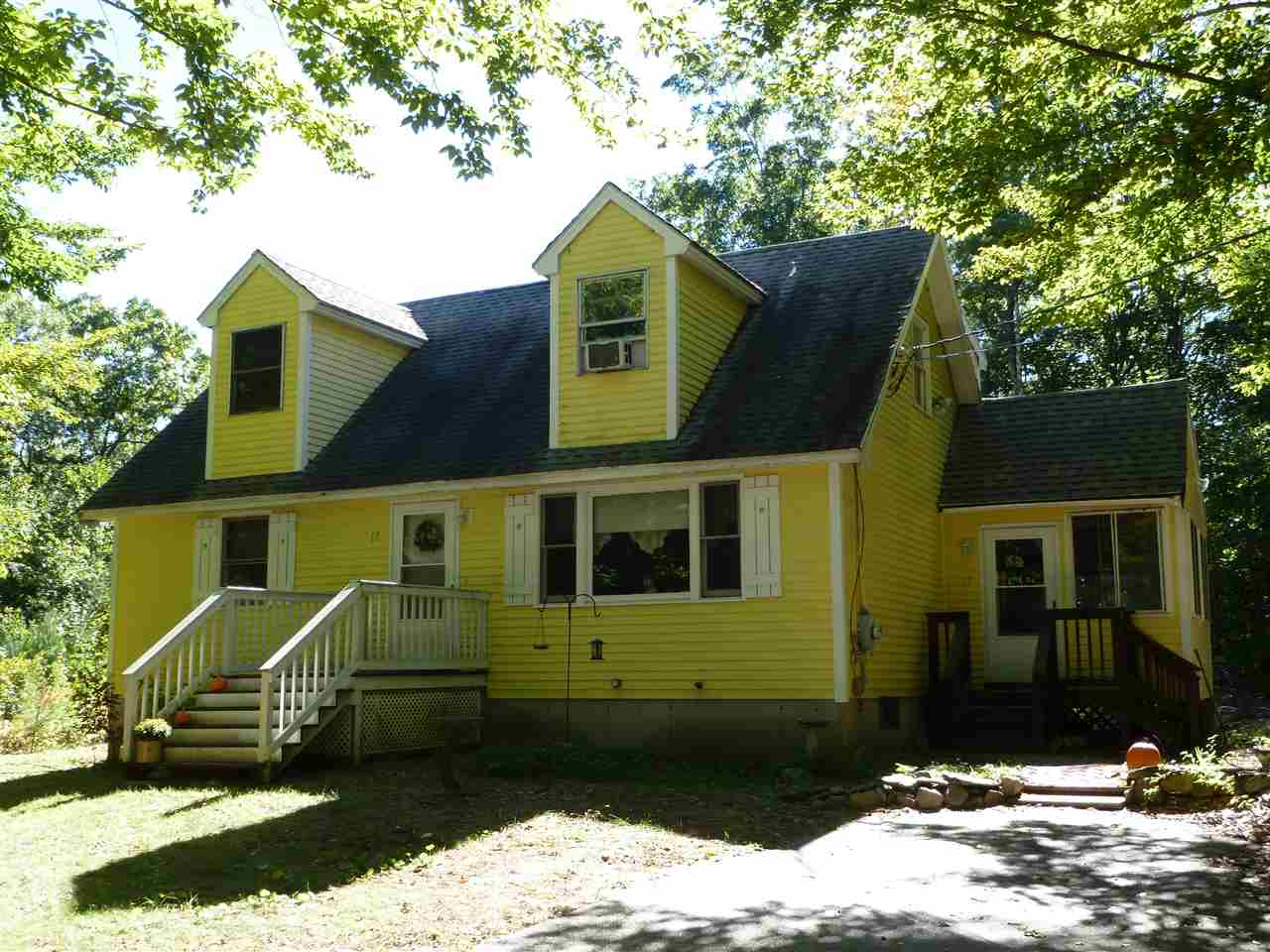 Fremont NHHome for sale $List Price is $250,000
