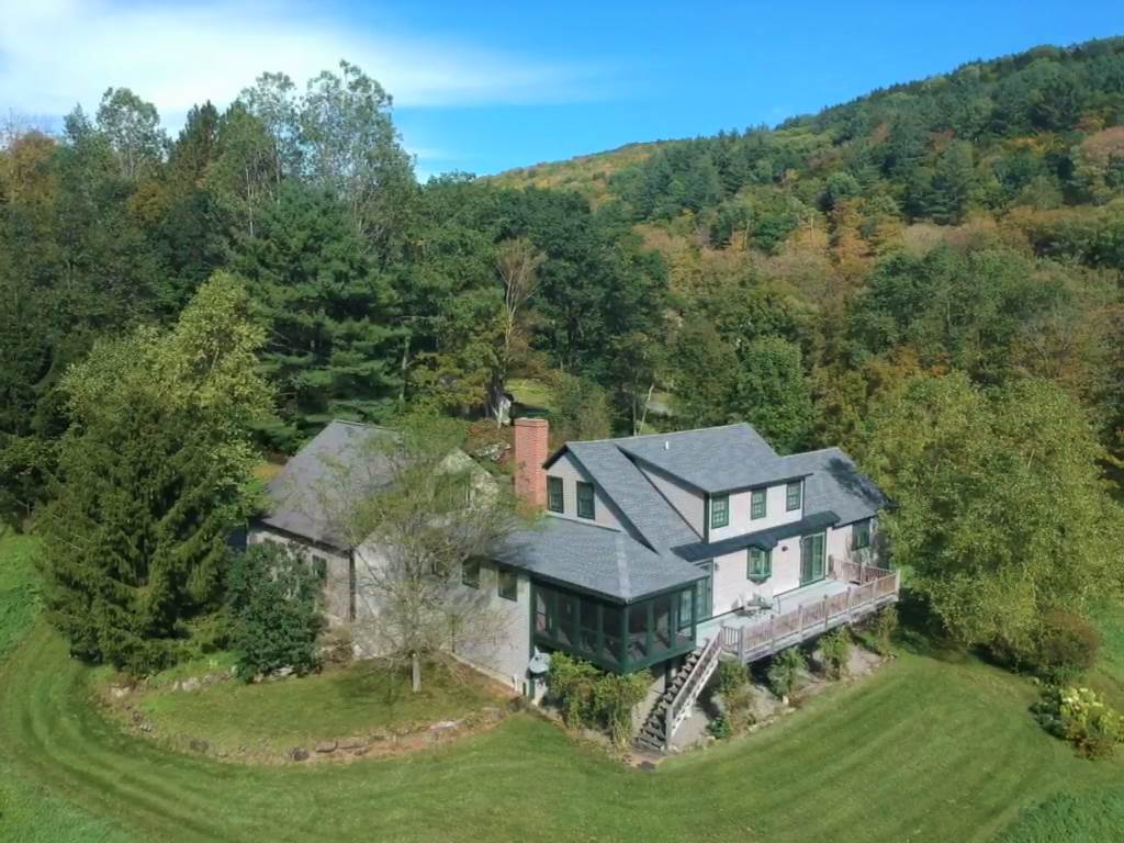Pomfret VT Home for sale $List Price is $595,000