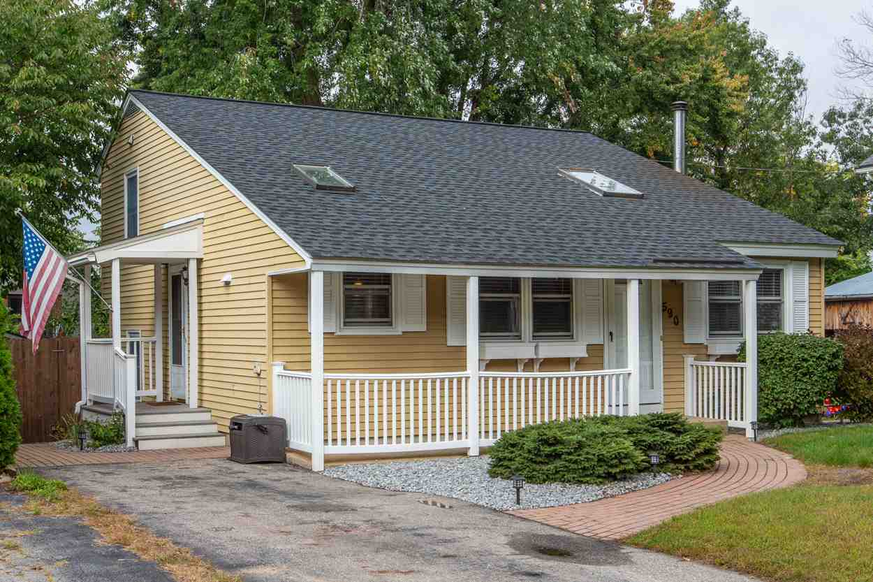 MANCHESTER NH Home for sale $$214,900 | $175 per sq.ft.